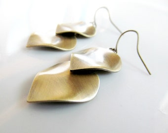 Gold Wavy Leaf Dangle Earrings - Golden Bronze Boho Metal Earrings - Fall Earrings