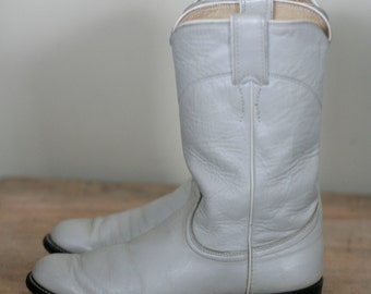 vintage women's off white justin roper boots size 5.5B