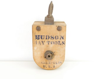 Hudson Hay Tools Wooden Pulley