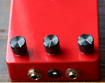 The '80 D d'  Delay Vintage / Classic Guitar / Keyboard / Instrument Effects FX Pedal Stomp Box- Hand Built Replica