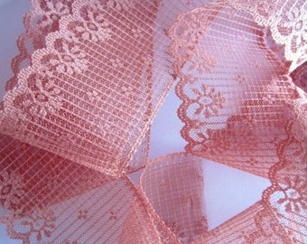"Floral Scalloped Lace Trim, Mauve, 2 7/8"" inch wide, 1 Yard, For Victorian & Romantic Projects"