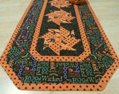 Quilted Halloween Table Runner Hocus Pocus Polka Dot 346