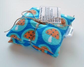 Hot & Cold Therapy Flax Seed Pod Set, Blue Mushroom Print