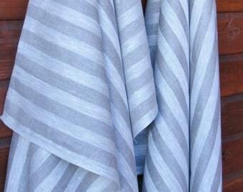 Linen Bath Towel / Gray / Herringbone Pattern