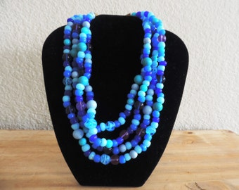 Stunning Turquoise Glass Bead Vintage Necklace