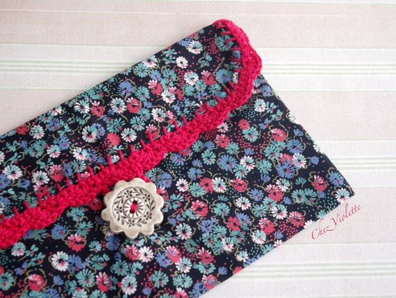 Crochet Cosmetic Bag : ... Clutch Floral cosmetic bag red crochet lace pouch bridal bag wedding