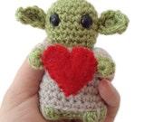Star Wars Crochet Valentine Yoda Gift, small amigurumi Yoda with a felt heart and Gift Box. Ready to ship. Lovely geeky valentine gift.
