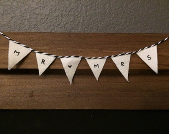 Cake Banner - Black Mr. & Mrs. on cloth pennants with black bakers twine