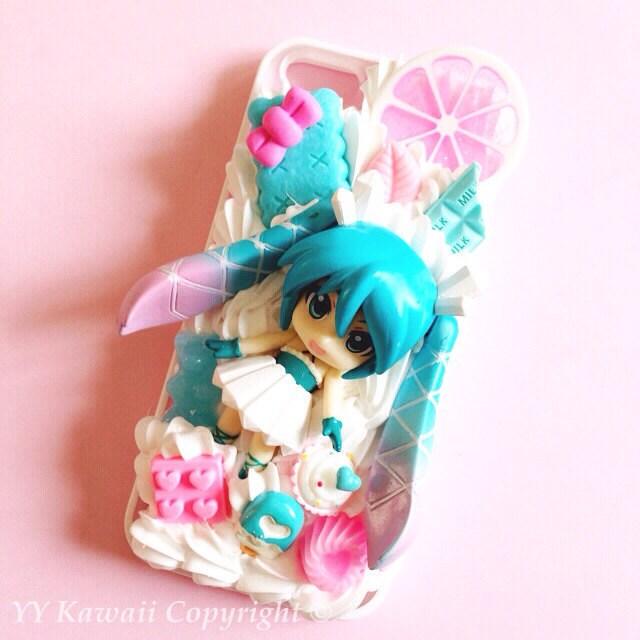Custom Kawaii Decoden Vocaloid Hatsune Miku Rin Luka by YYKawaii