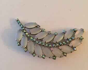 Vintage Jewelry frosted blue rhinestone Julianna brooch