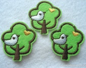 Green Tree with Bird Iron On Patches Pack of 10 Iron Applique T40B