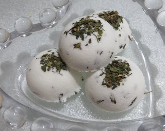 All Natural Eucalyptus Mint Softening Fizzy Drops, Bath Bombs....Choose from Large or Small Size
