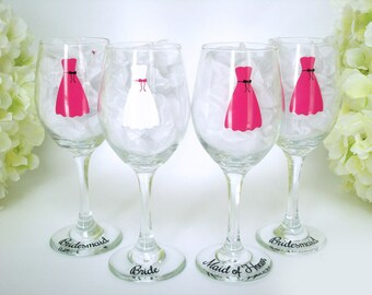 4 Personalized Wedding Wine Glass - Bridesmaid Wine Glasses - Dress Wine Glasses - Wedding Glassware