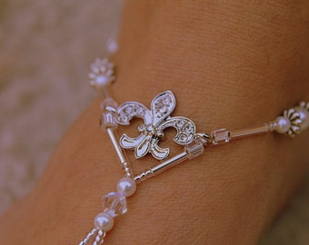 The Fleur De Lis Barefoot Sandal - Simply Elegant  Swarovski Crystals, White Pearls and Silver Beads