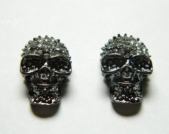 Rhinestone Pave Skull Link in Plated Lead Free Pewter, Silver 22mm (2pcs)