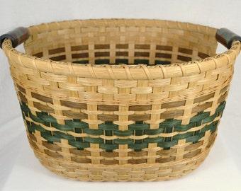 """BASKET PATTERN """"Gabbie"""" Large Gathering Basket for Afghans, Laundry, Toys, or Towels"""