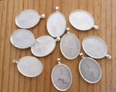 Oval Pendant Trays - 10 Count - 22X30mm - Silver Bezel