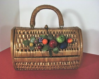 1960s  Straw Handbag with a Bouquet of  Colorful Fruit......ever so Vintage