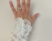 Wedding lace cuff, antique lace bracelet, bohemian wedding, gypsy wedding,Unique ivory lilac pink  french lace cuff,  free ship wedding,