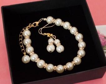 SILVER or GOLD Pearl Bracelet and Earrings with rhinestones Bridesmaid gift, Bridesmaid jewelry, bridal bracelet, vintage style bracelet