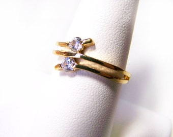 Vintage Gold Tone Rhinestone Ring Size 8 / Gift For Her