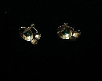 Vintage Sterling Silver Screw Back Earrings with Green Stone