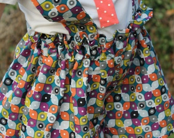 Vintage/retro inspired shorts for children from organic cotton