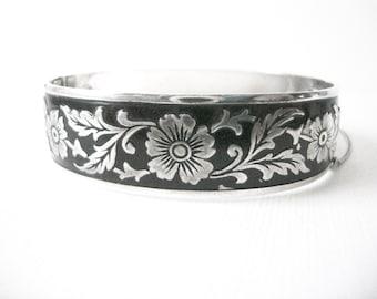Vintage Black Enamel Sterling Silver Hinged Bracelet With Floral Motif