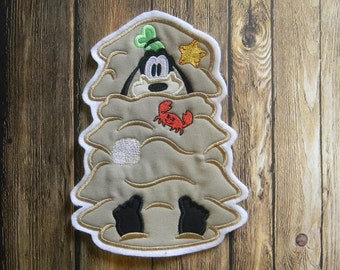 Goofy Buried in Sand Applique ~ Iron On ~  No Sew Embroidered Patch ~ Summer ~ Beach