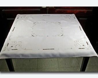Linen Cutwork Tablecloth - Ecru c. 1940's