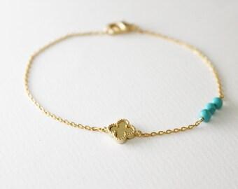 Clover bracelet / turquoise
