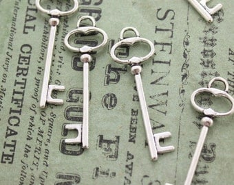 50 pcs Antique Silver Double sided skeleton Key Charm Steampunk Supplies Wedding Key wholesale lot bulk