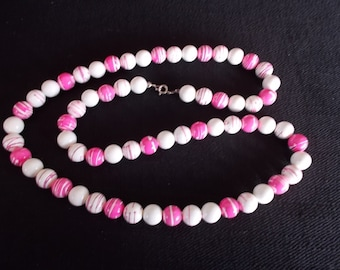 Vintage Pink and White Bead Necklace......226