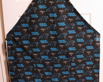 Carolina Panthers Apron. Adjustable ties to fit any size. Pocket in front.