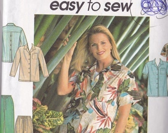 Simplicity 8188 Vintage Pattern Womens Top in 2 Variations, Pants and Shorts Size 12,14,16