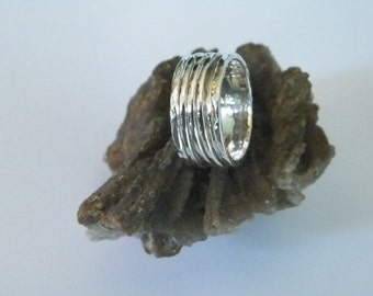 Hammered 3 band Sterling Silver Spinner Ring- Stamped.925 Handcrafted