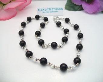 Vintage Black Silver Fluted Bead Necklace