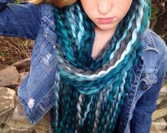 Big chunky blue scarf