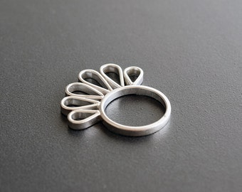 Unusual ring, sterling silver ring for women, minimal ring, big ring, minimalist ring, modern ring, artisan ring, fashion ring, cool ring