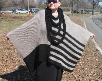 Handmade knitting poncho with necklace