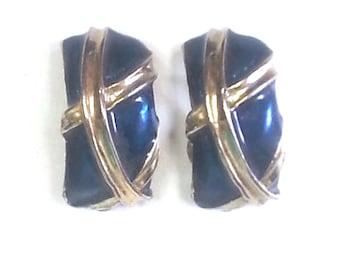 Gold Tone Saffire Blue Clip On Earrings 60s Vintage  RD172 JBX1B7 DeAnnasAttic