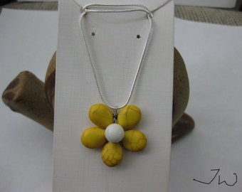 Yellow Turquoise Flower Necklace with White Bead