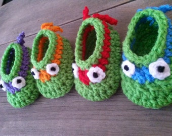 Crochet Teenage Mutant Ninja Turtles Baby Booties