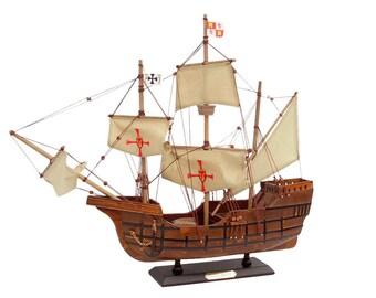 """Santa Maria 20"""" / Model Ships / Tall Ships / Santa Maria with Cross Flags / Historical Model Ships"""