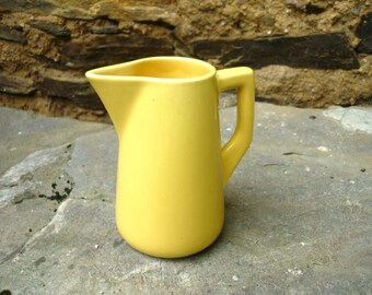 Villeroy and Boch Mettlach small yellow milk/cream jug dated between 1921-1933