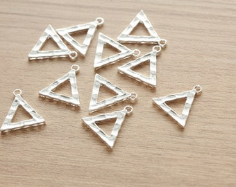 10 pcs of Silver Plated Triangle Alloy Pendants - 19 mm