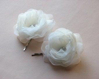 Ivory hair flowers Ivory hair clip Wedding ivory flower Ivory headpiece Ivory organza flower 2 inch hair flower ivory bridal flower