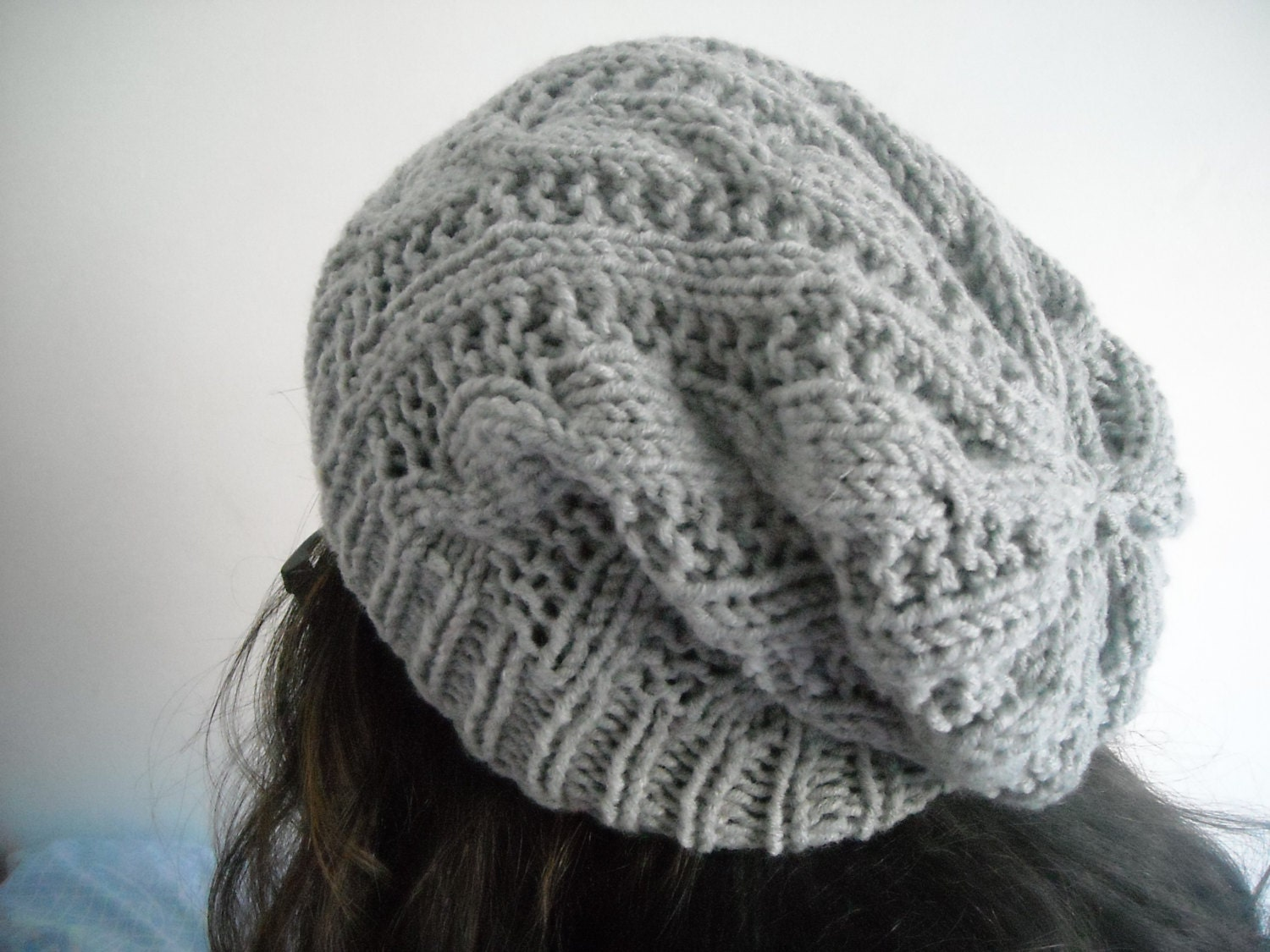 Gray cable knit beanieUnisexCableknit grey slouchy beanie