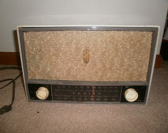 Vintage Zenith Tube Radio, Model C724W, Tabletop AM/FM Radio, Mid Century Modern, 1955