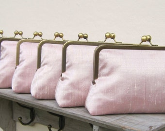 Pink bridesmaid clutch, set of 5, bridesmaid gift, pale pink silk bridesmaid clutch bag, blush clutch bag set, personalized gifts, uk clutch